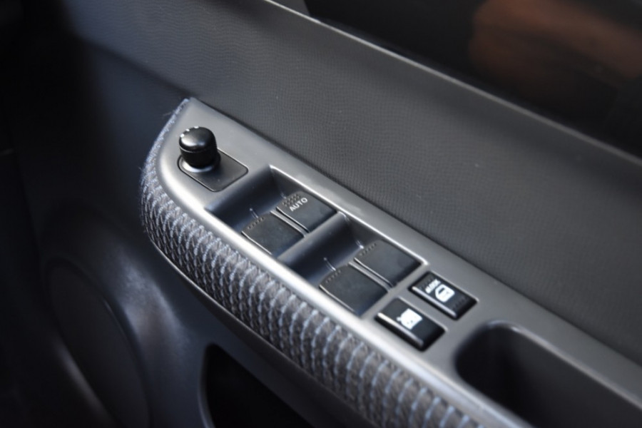 2009 Suzuki Swift RS415 GLX Hatchback Image 16