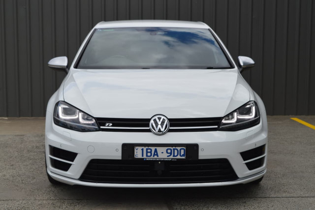 2014 Volkswagen Golf R 20 of 24