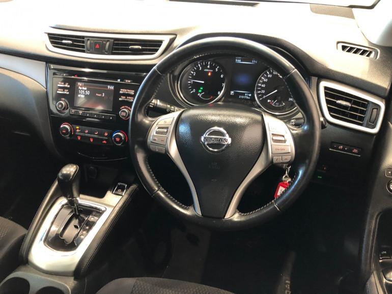 2016 Nissan QASHQAI J11 ST Suv Image 6