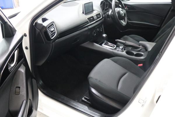 2016 Mazda 3 BM5478 MAXX Hatchback Image 5