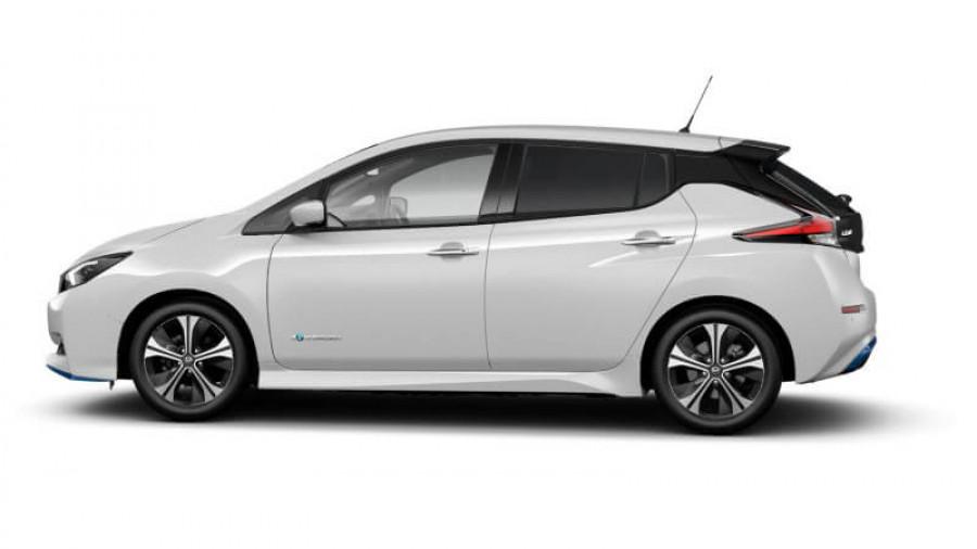 2021 Nissan LEAF ZE1 E Plus Hatchback Image 30