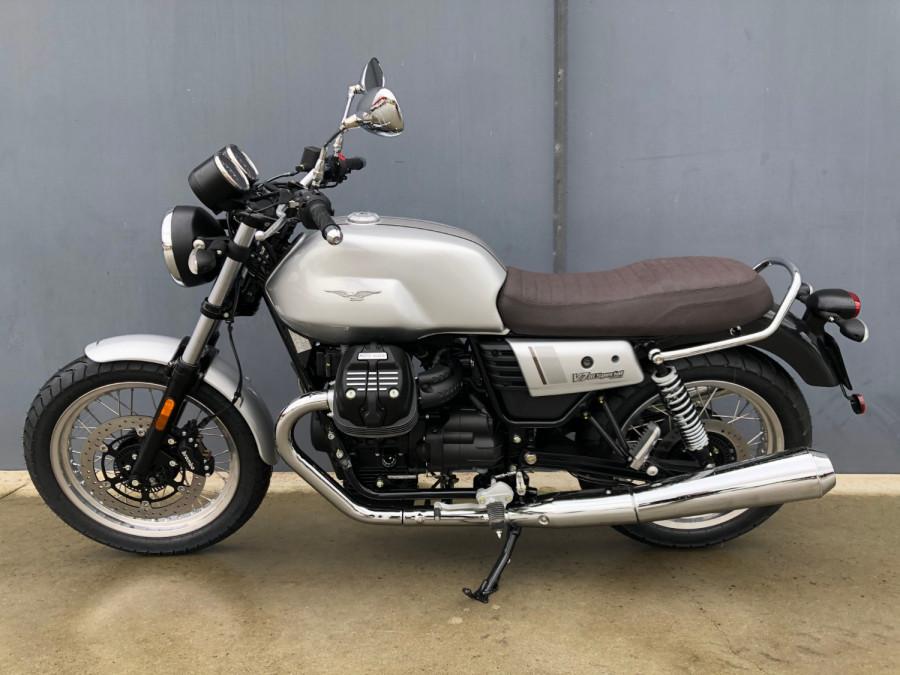 2020 Moto Guzzi V7 Special III Motorcycle Image 3