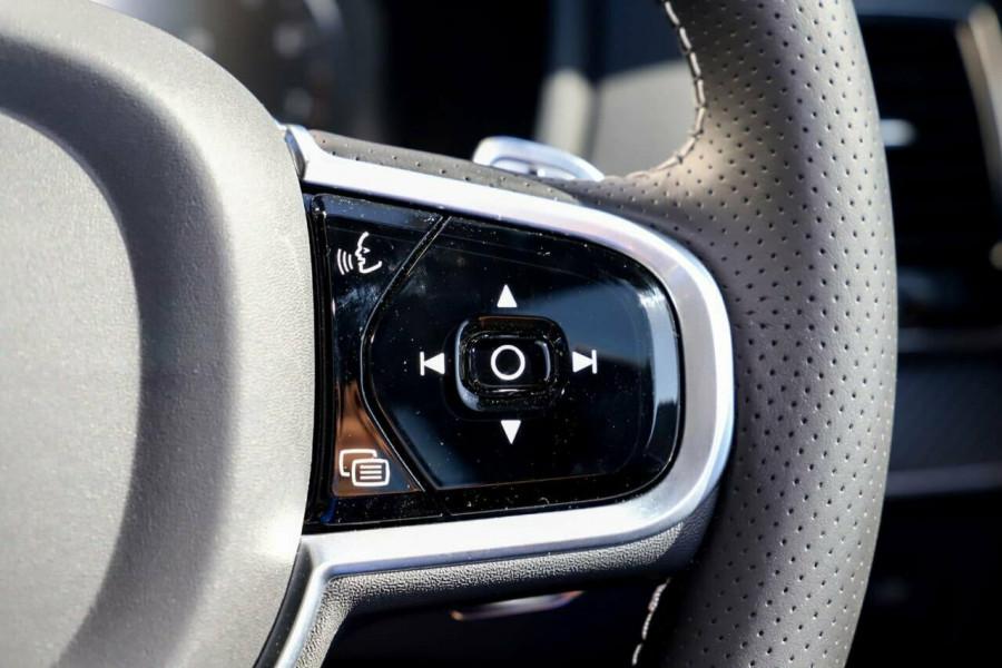 2019 Volvo XC90 L Series T6 R-Design Suv Mobile Image 17