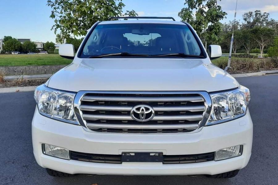 2009 Toyota Landcruiser Sahara Image 2