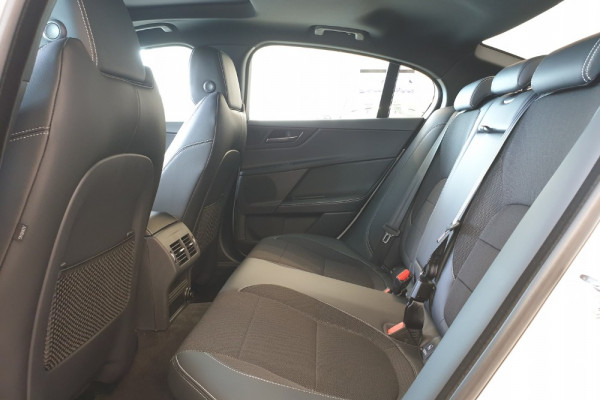 2019 Jaguar XE X760 R-Sport Sedan Image 4