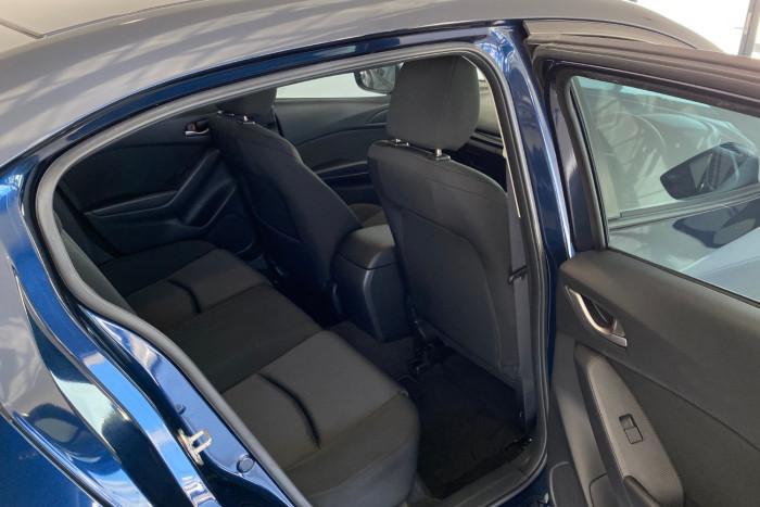 2015 Mazda 3 BM5278 Neo Sedan Image 12