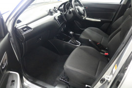 2019 Suzuki Swift AZ GL NAVIGATOR Hatchback Image 5