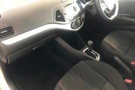 2016 MY17 Kia Picanto TA Si Hatchback Image 4