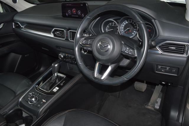 2018 Mazda CX-5 GT 6 of 29