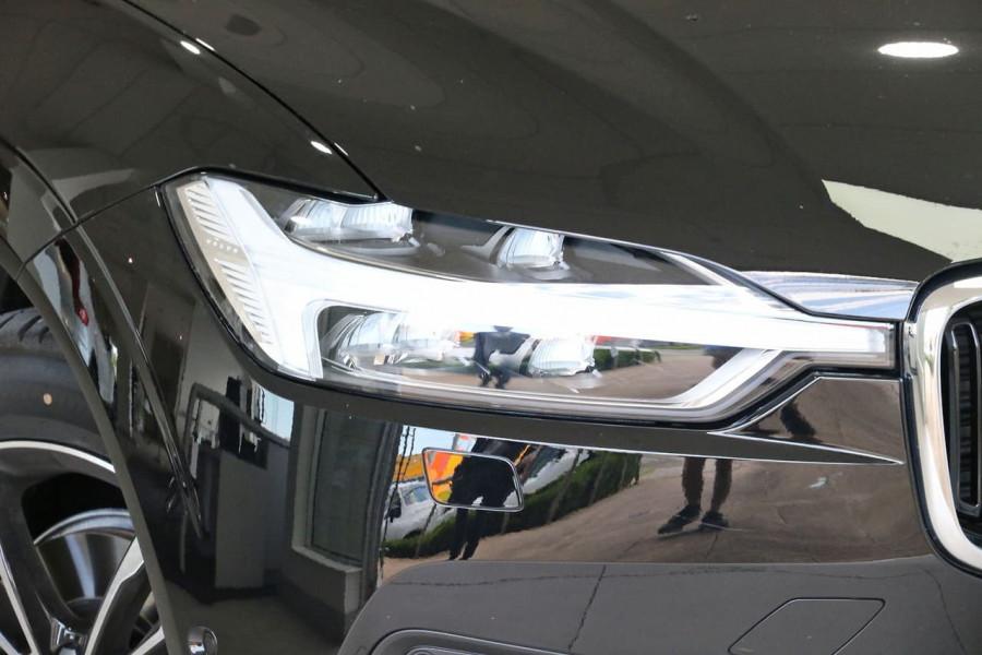 2020 MY21 Volvo XC60 UZ D4 Momentum Suv Image 9