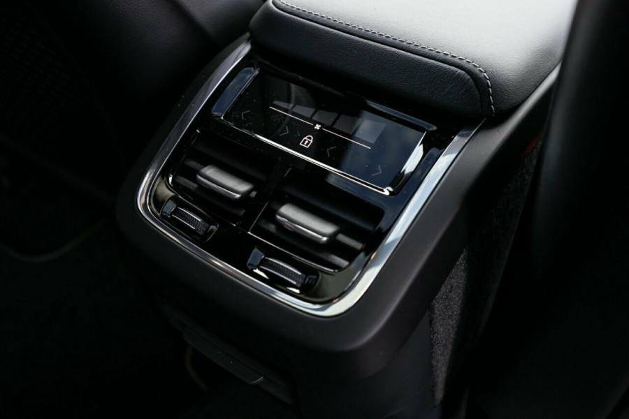 2020 Volvo XC60 UZ T6 R-Design Suv Image 16