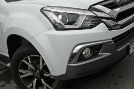 2019 Isuzu UTE MU-X LS-U 4x4 Wagon Mobile Image 6