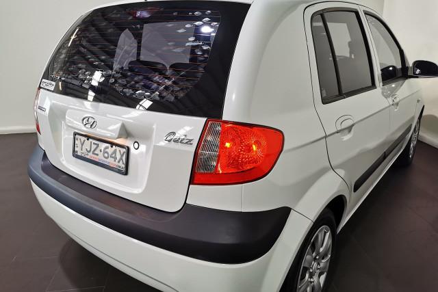 2009 Hyundai Getz TB S Hatchback Image 4