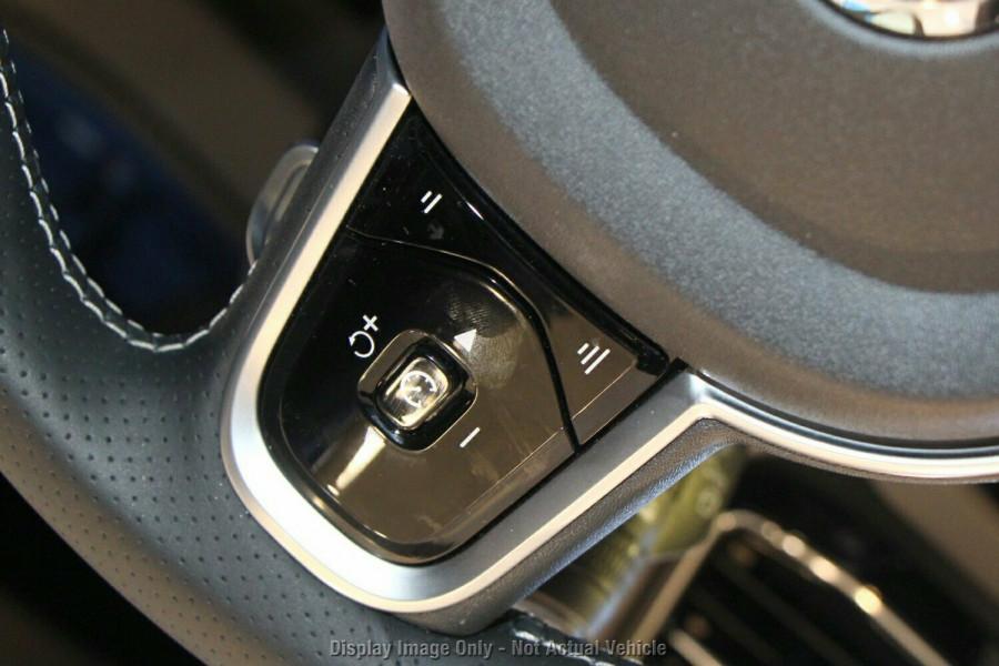 2018 Volvo XC60 UZ D5 R-Design (AWD) Suv Mobile Image 13