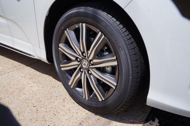 2021 Honda Odyssey 5th Gen Vi L7 Van Image 3