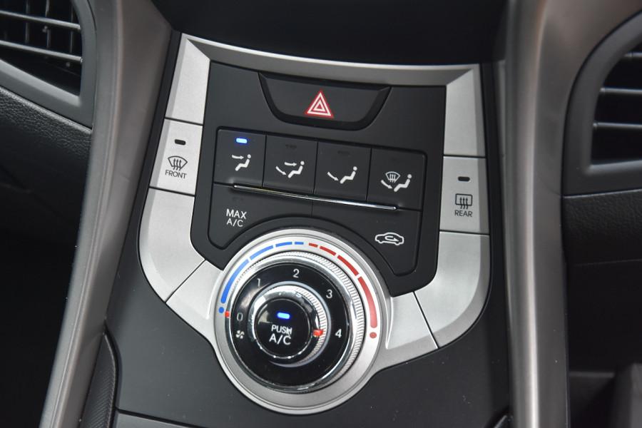 2012 Hyundai Elantra MD Active Sedan Image 14