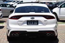 2019 MYon Kia Stinger CK GT Sedan Image 4