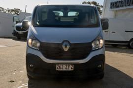 2018 Renault Trafic L1H1 Short Wheelbase Twin Turbo Van Image 3