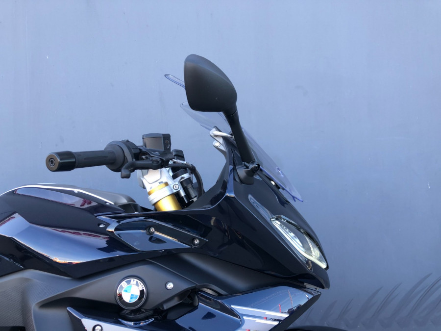 2019 BMW R1250 RS Exclusive Motorcycle Image 16