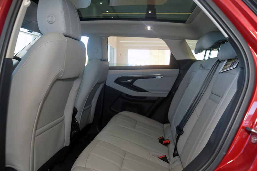 2019 MY20 Land Rover Range Rover Evoque L551 SE Suv Image 5