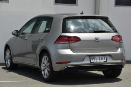 2019 MY20 Volkswagen Golf 7.5 110TSI Comfortline Hatchback Image 3