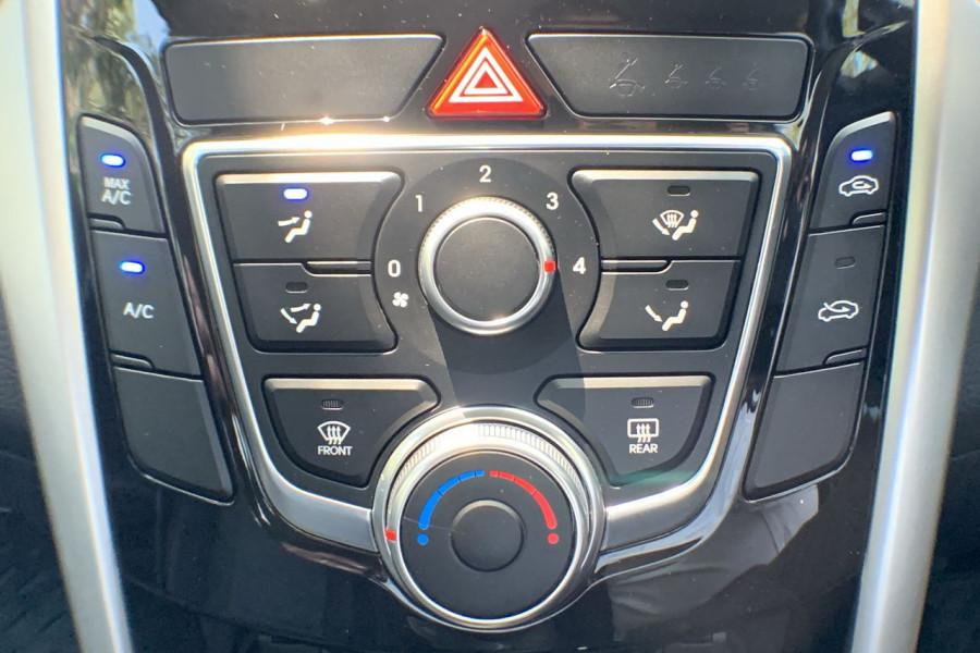 2013 Hyundai I30 GD Active Hatch Image 12
