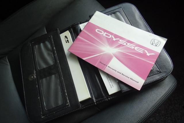2011 Honda Odyssey Luxury 29 of 30