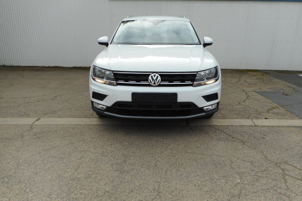 2017 Volkswagen Tiguan Suv Image 2