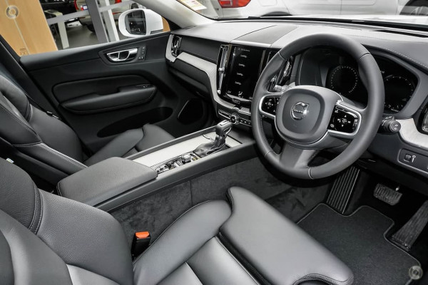 2019 Volvo XC60 (No Series) MY19 T5 Inscription Suv Image 5