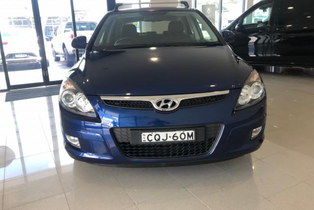 2012 Hyundai 130 Trophy