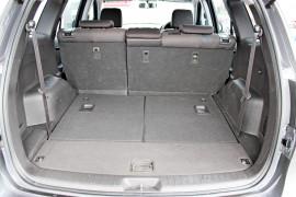 2011 Hyundai Santa Fe CM  SLX Suv Mobile Image 10
