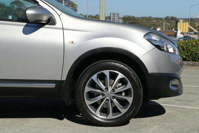 2011 MY10 Nissan Dualis J10 Series II MY2010 Ti Hatch X-tronic Hatchback Image 6