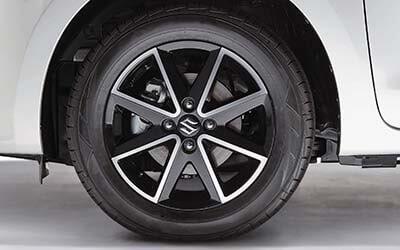 """<img src=""""15"""" Black Polished Alloy Wheel"""