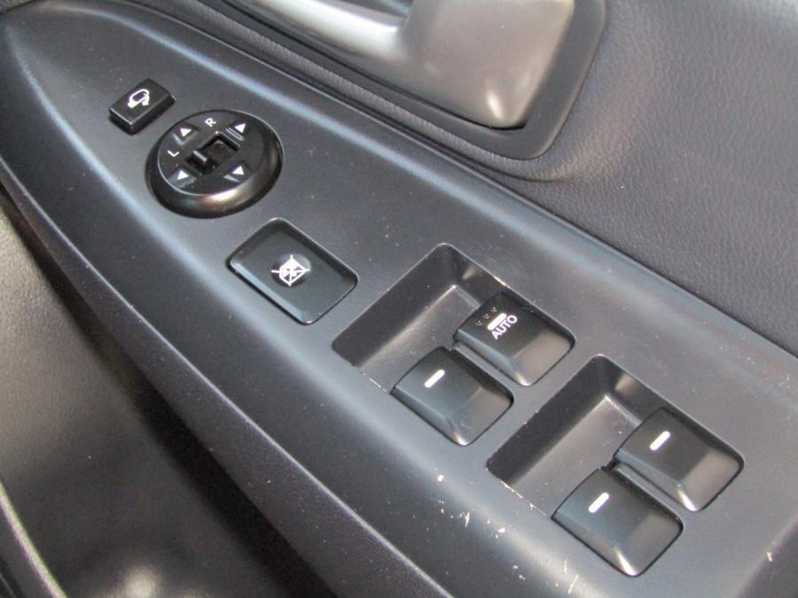 2013 Kia Rio UB  SLi Hatchback Image 19