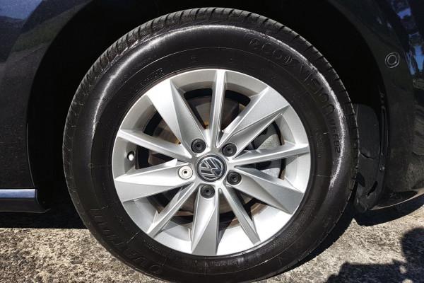 2016 Volkswagen Golf 7 92TSI Hatch Image 2