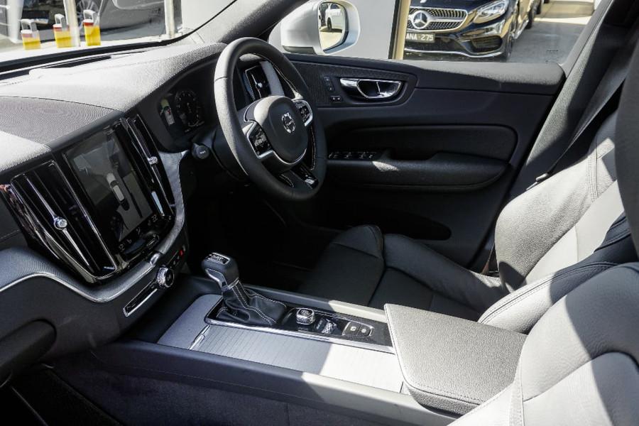 2018 Volvo XC60 UZ T6 R-Design Suv Mobile Image 6