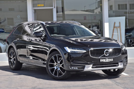 Volvo V90 Cross Country D5
