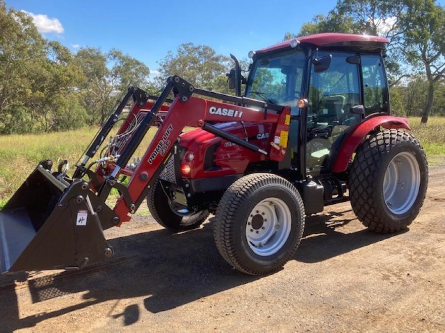 2019 Case IH FARMALL 60B Tractor crawler Image 17