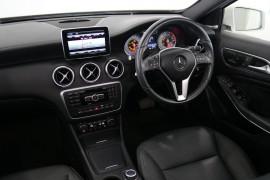 2014 Mercedes-Benz A Class W176 A200 Hatchback Image 5
