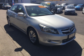Honda Accord VTi 8th Gen MY10