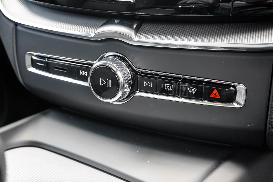 2019 MY20 Volvo XC60 UZ D5 R-Design Suv Mobile Image 13