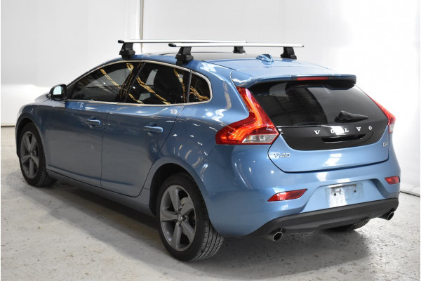 2015 Volvo V40 (No Series) MY16 D4 Luxury Hatchback Image 2