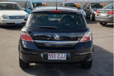 2008 Holden Astra AH MY08 CD Hatchback Image 4