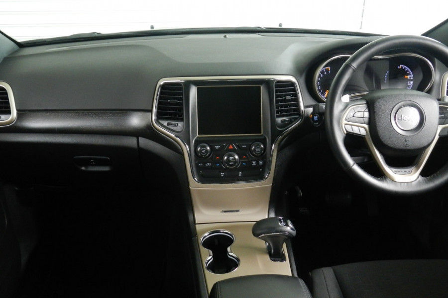 2015 Jeep Grand Cherokee WK Laredo Suv Mobile Image 10