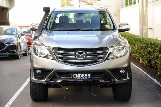 2019 MYch Mazda BT-50 UR 4x4 3.2L Dual Cab Pickup GT Cab chassis Mobile Image 3