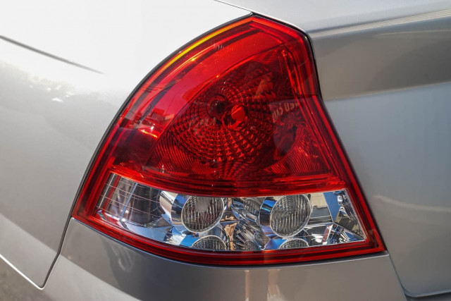 2005 Holden Berlina VZ Sedan Image 20