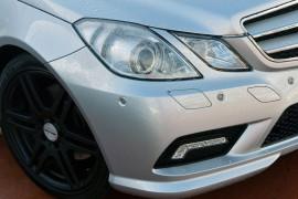 2009 Mercedes-Benz E-class C207 E250 CGI Coupe Image 2