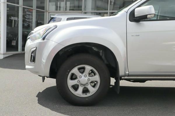2019 Isuzu UTE D-MAX LS-M Crew Cab Ute 4x4 Utility Mobile Image 5
