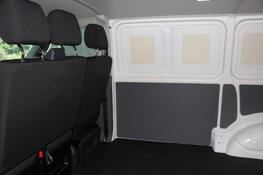 2021 Volkswagen Transporter T6.1 SWB Van Van Image 10