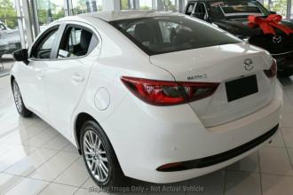 2021 Mazda 2 DL Series G15 GT Sedan Image 2